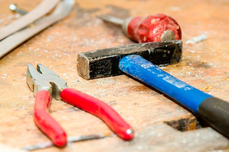 Werkzeug r