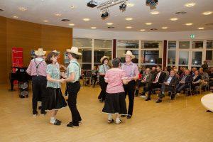"""Tanzgruppe """"Die Holzlatschen"""" aus Marzahna"""